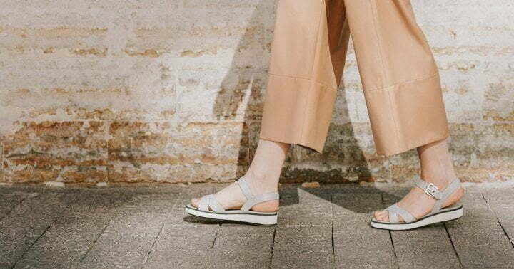The Surprising Reason You May Want To Ditch Your Partner During Daily Walks