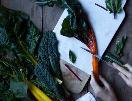 How to Keep Greens and Veggies Fresh for Weeks - Say Yes