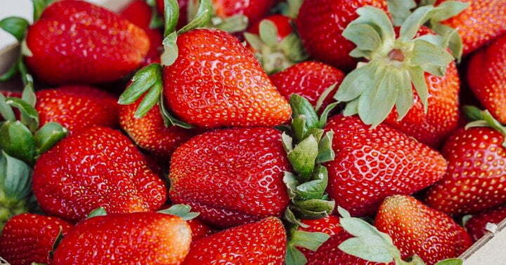 Berries Past Their Prime? Don't Toss Them, Try This Genius Hack