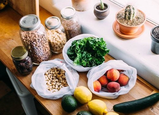 5 Sustainable Snack Websites For Stocking Your Healthy Eco-Pantry