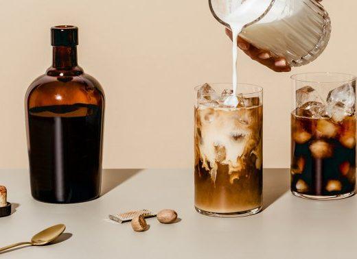 Make This Luscious Vegan Coffee Creamer With Just 5 Ingredients