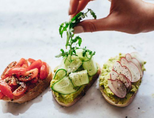 How to Enjoy a Healthy Diet with a Busy Job - Rosanna Davison Nutrition