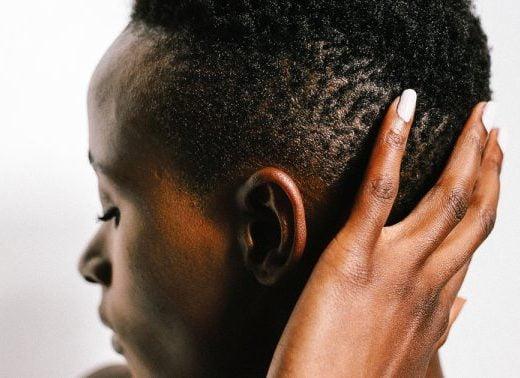Dandruff vs. Dry Scalp: How To Tell + Derm Tips To Treat Both