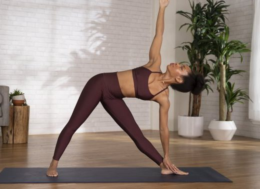 Work Your Core & Lengthen Your Spine With One Simple Yoga Pose